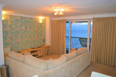 (Ref: C378) Caswell Bay Court, Caswell, Swansea