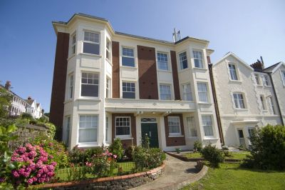 (Ref: 127) Glanmor Court, Uplands, Swansea